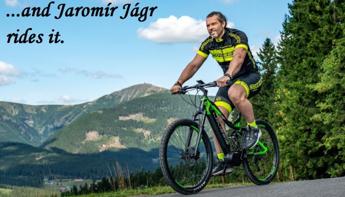 "Ice hockey legend Jaromír Jágr ""68"" also promotes CRUSSIS e-bikes and foot bikes / scooters in the Czech and Slovak Republic"